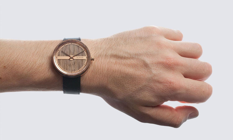 Danish-Wooden-Watch-rosegold-NAUTIC-55°-NORTH-2