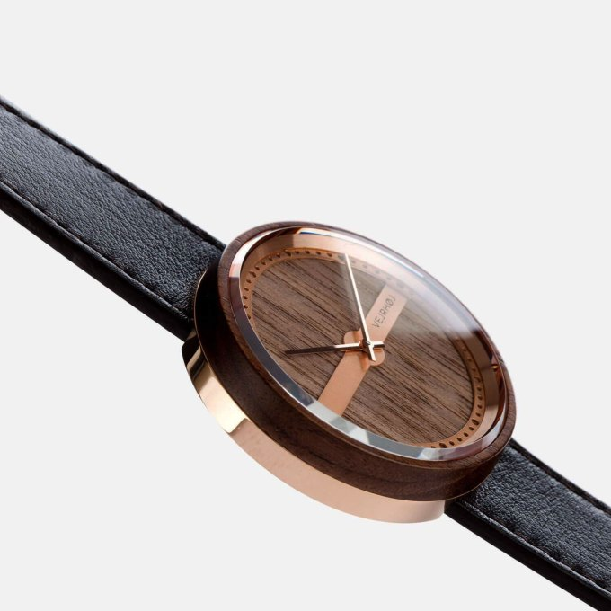 Denish-Wooden-Watch-rosegold-NAUTIC-55°-NORTH-detail