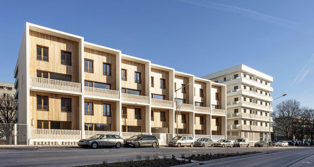 social-Housing-Units-La-Courneuve-wood-exterior-buillding-4.jjpg