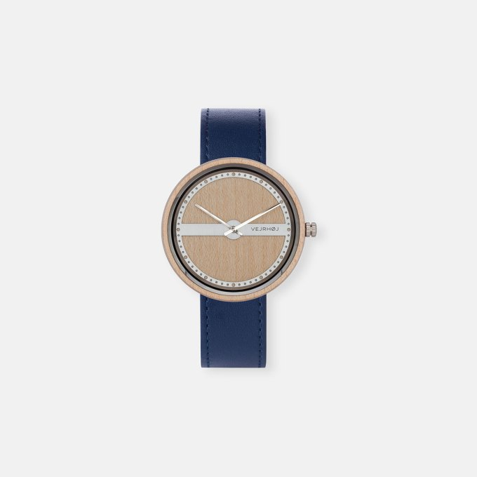 wooden-watch-maple-wood-stainless-steel-NAUTIC-70-NORTH-3