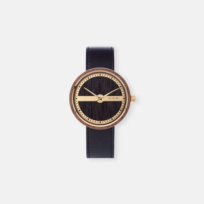 wooden-watch-walnut-gold-NAUTIC-68-NORTH-8