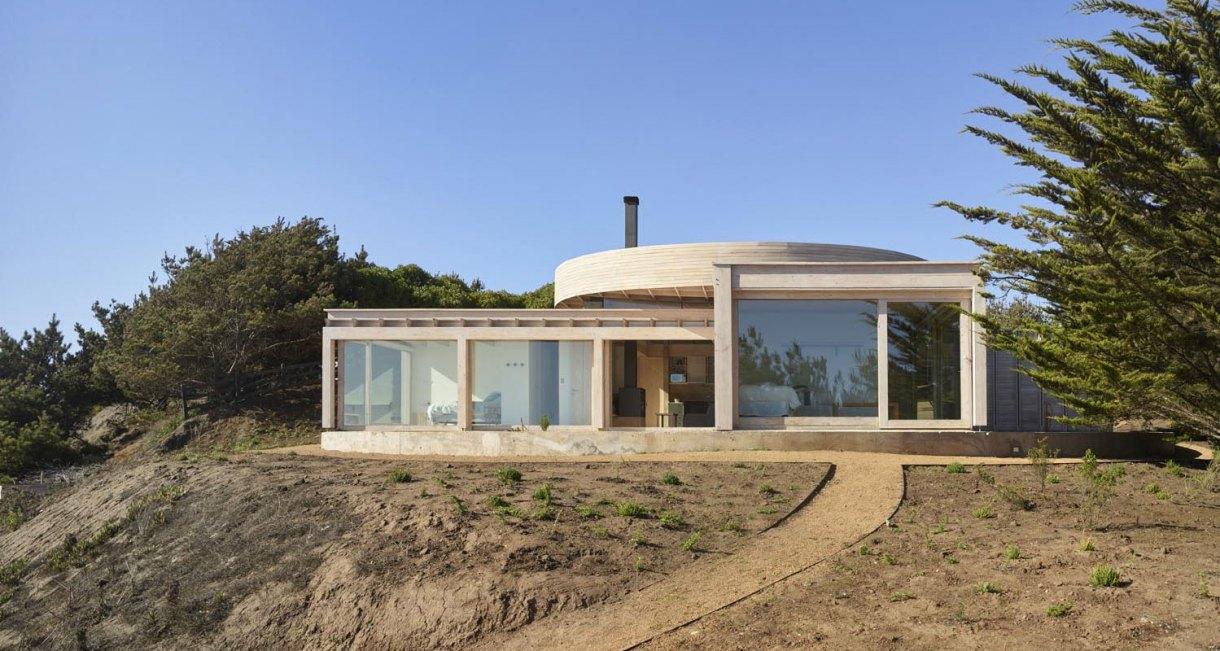 Shore-wooden-structure-House-in-Matanzas-Cristián-Izquierdo-Lehmann-2