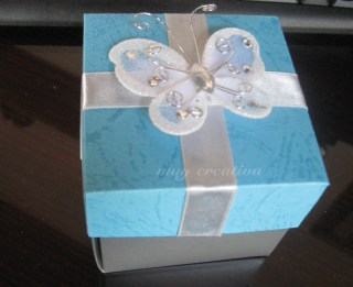 Caja-tarjeta mariposa
