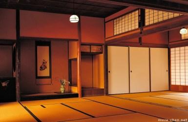 japanese traditional wood paper residence straw hagi japan craftsmanship yamaguchi gate kubota jo muza chan