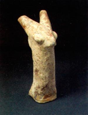 Керамична глава од коза