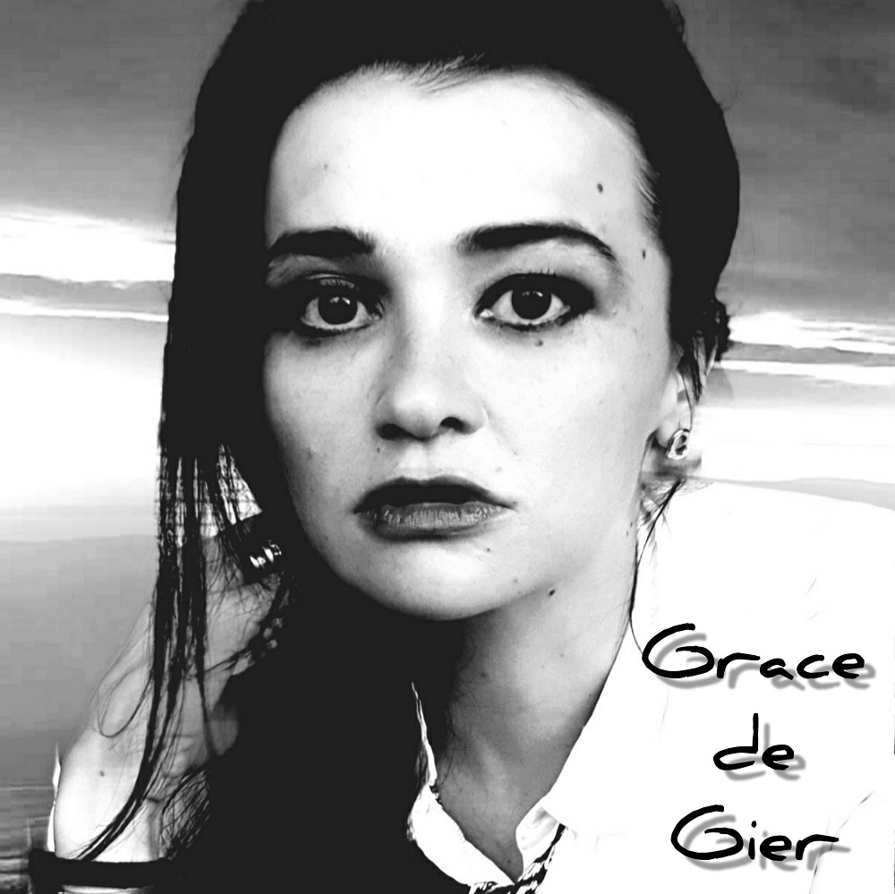 Interview with Grace de Gier a singer/songwriter with alternative rock influences