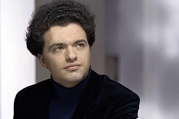 Евгений Кисин даст концерт в Большом зале Московской консерватории в День международной солидарности журналистов