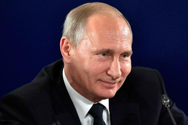Владимир Путин выступил за реформу системы госзакупок в области культуры