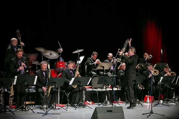 Концерт оркестра джазовой музыки имени Олега Лундстрема в Пермской филармонии