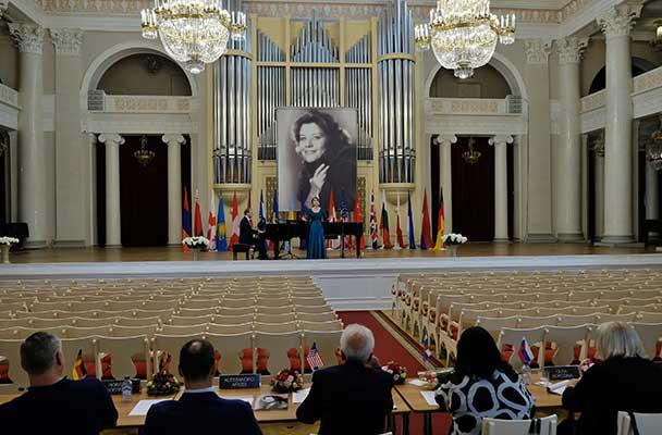 11 вокалистов продолжат борьбу за призовые места конкурса молодых оперных певцов Елены Образцовой
