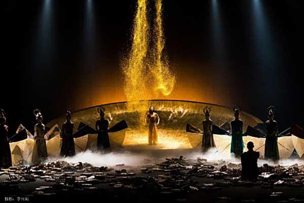 Открытие Международного фестиваля современного танца DanceInversion: «Весна священная» от китайской балетной компании «Павлин»