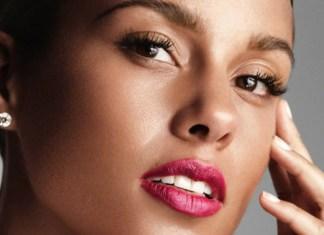 Alicia Keys ma nowe, kolorowe włosy! Wygląda lepiej? (ZDJĘCIA)