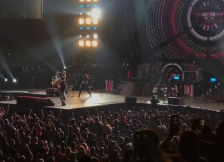 Dave Grohl z Foo Fighters gra i śpiewa z Guns N' Roses (WIDEO)
