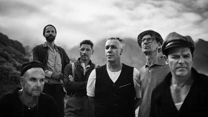 Kapela Rammstein zaprezentowała wcześniej singiel zatytułowany