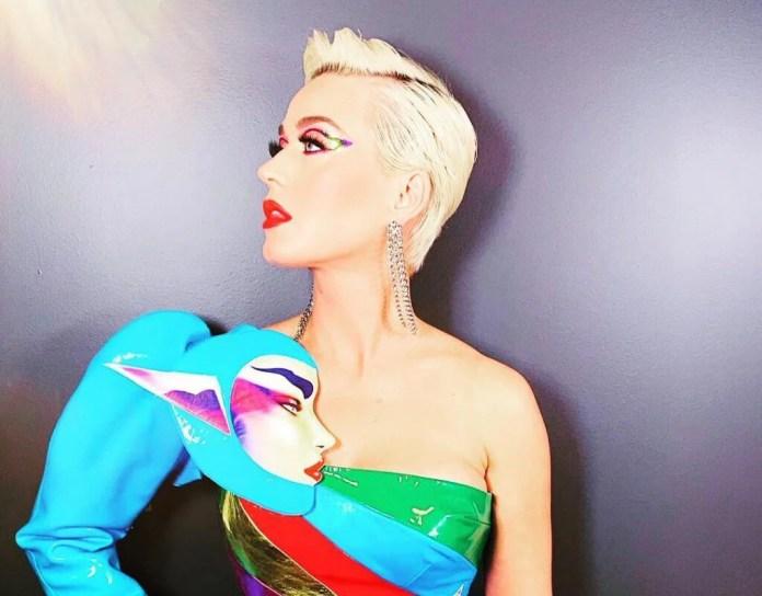 Nieco uduchowiona Katy Perry