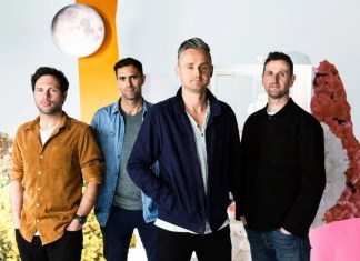 "Keane wraca do szkoły w ""Love Too Much"""