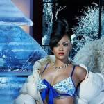 Rihanna w świątecznej kampanii reklamowej Savage X Fenty!