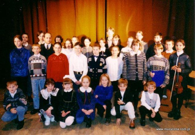 1998 rok - uczestnicy po koncercie w Sokołowie Małopolskim.