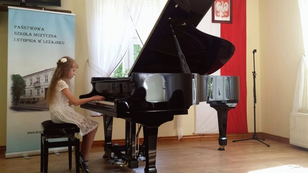 Popis pianistów szkół muzycznych w Leżajsku i w Sokołowie Młp_ 015