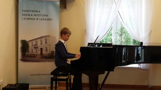 Koncert końcoworoczny uczniów NSM I i II stopnia w Leżajsku_16