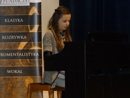 Koncert końcoworoczny uczniów NSM I i II stopnia w Sokołowie Małopolskim_33