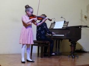VI Przegląd Szkół Muzycznych (24-04-2016)_203