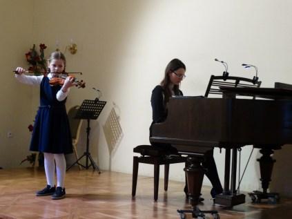 VI Przegląd Szkół Muzycznych (24-04-2016)_211