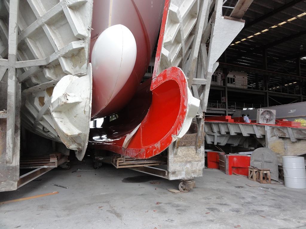 Selene 60 Trawler Bulbous Bow