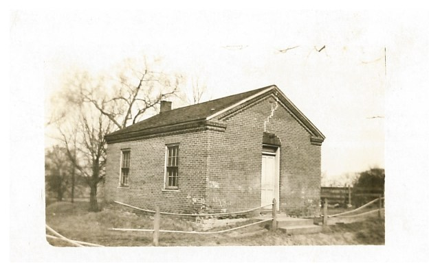 photo of Abbe Creek School-1920