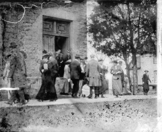 photo of Attendees of the Presbyterian Church