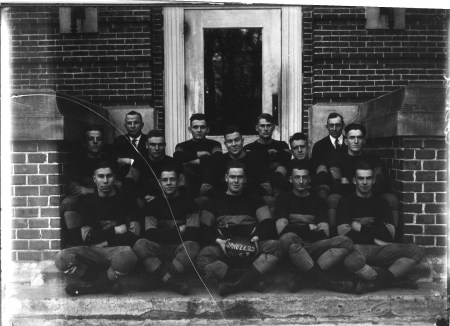 photo of Cornell Football Team-1910