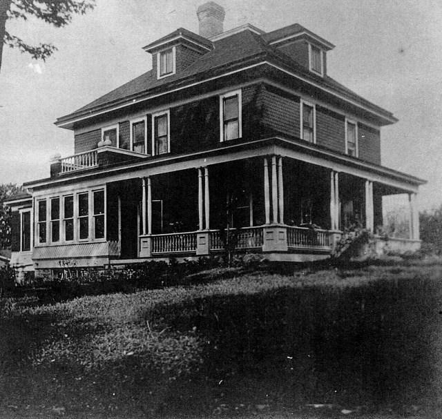 photo of Mount Vernon Hotel