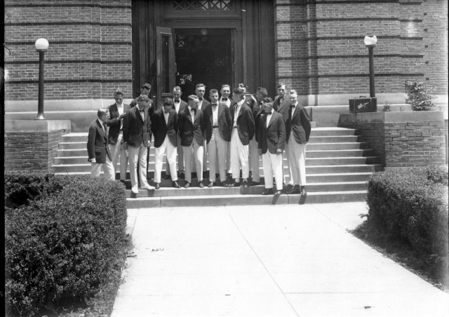 photo of Students in front of Carnegie Library