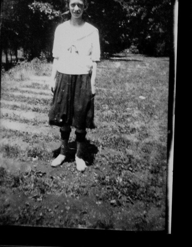 photo of Unidentified Woman-1910