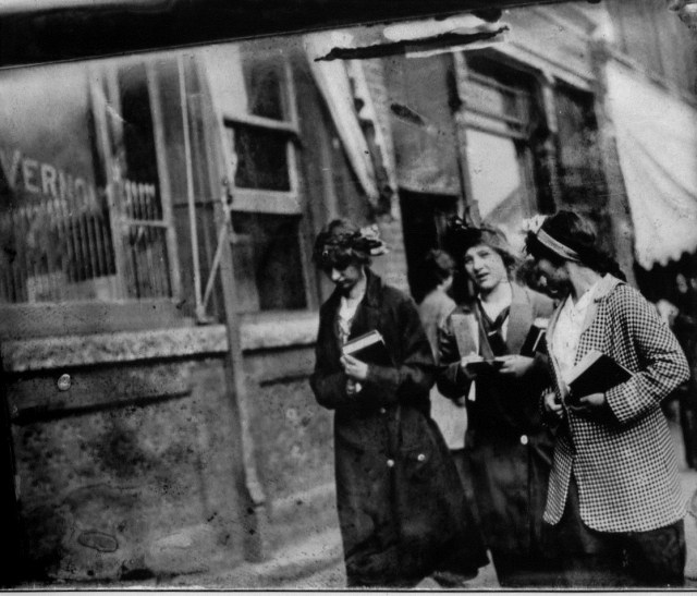 photo of Unidentified Women @1910
