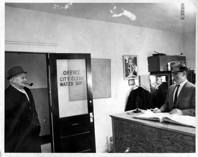 photo of City Hall Mayor and Clerk