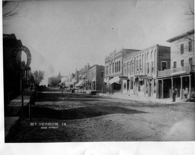 photo of Main Street-1910