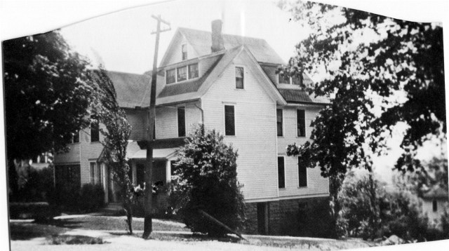 photo of Mount Vernon House-324