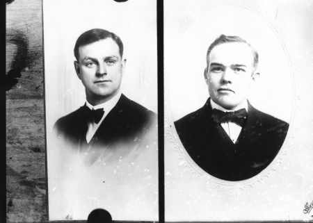 photo of Unidentified Cornell Students-1920