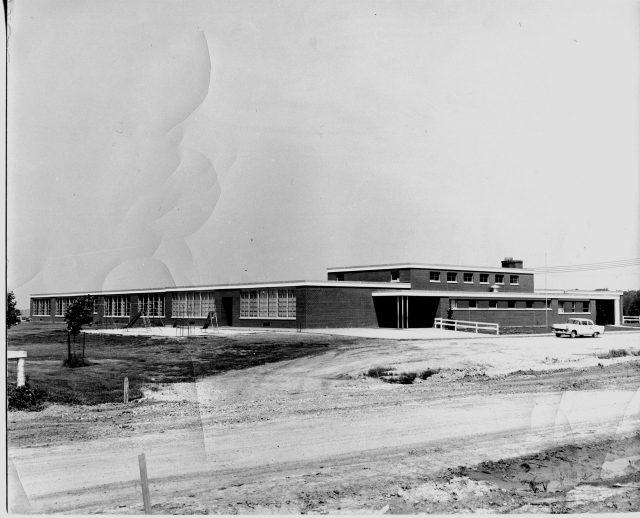 photo of Washington Elementary School