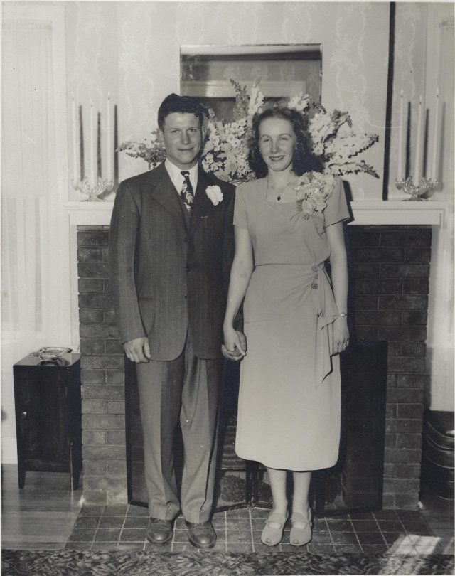 Wedding photo of Donald and Joan Siggins