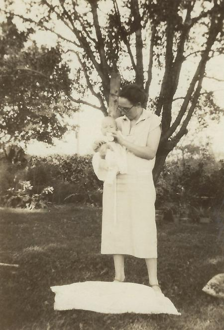 Photo of Wilma Wolfe & baby-1920s