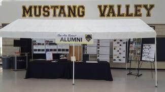 2016 alumni tent