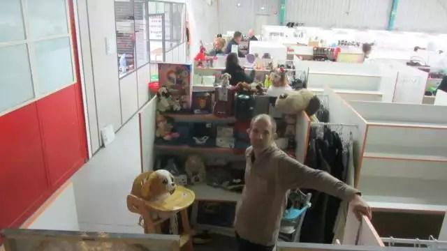 vide grenier permanent ouvre un magasin