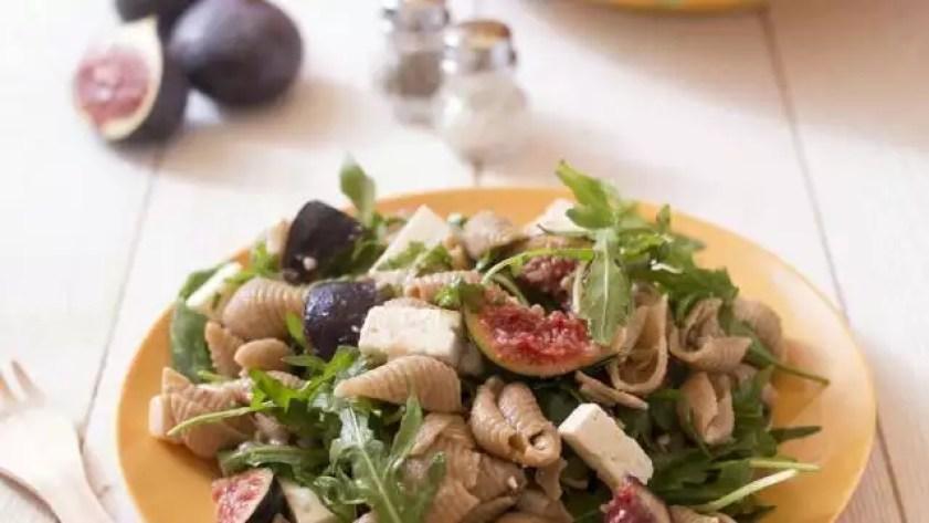 photo salade de pâtes sans gluten aux figues, feta et roquette © marie-laure tombini