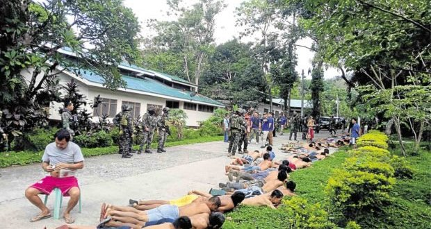 Cops find Zamboanga del Sur inmates roaming freely, with guns – Inquirer.net