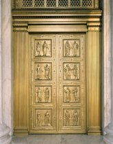 Bronze doors with eight bas-relief panels depicting scenes in the development of Western law by John Donnelly & Sons.