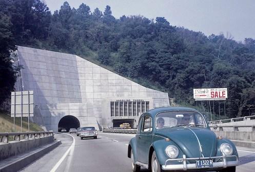 09.059                  1967, August, MGB California Trip_edited-1