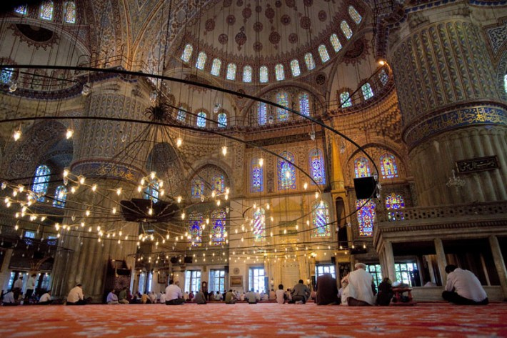 metr2001527_blue_mosque