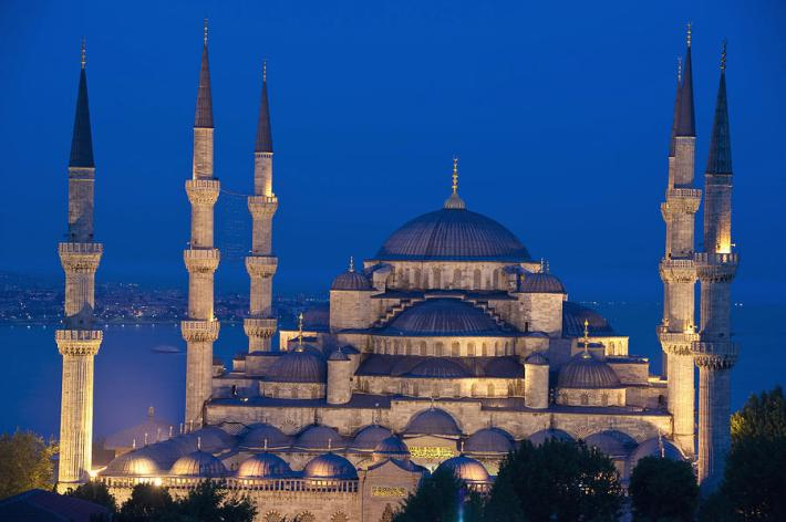 the-sultanahmet-or-blue-mosque (1)